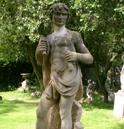 Sculptor Antiqued Garden Statue
