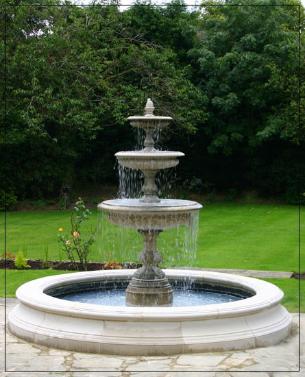 Superieur Medium Three Tiered Vermeer Garden Fountain Centrepiece  Tiered Garden  Fountain