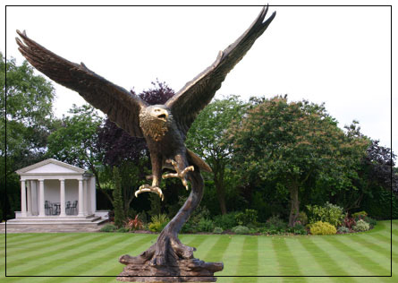 bronze garden statues. golden eagle bronze garden ornament, sculpture, statuary. statues d