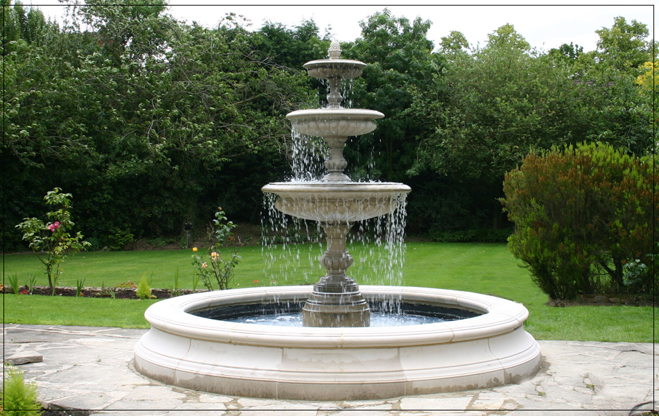 Medium three tiered vermeer garden fountain centrepiece for Garden pool fountains