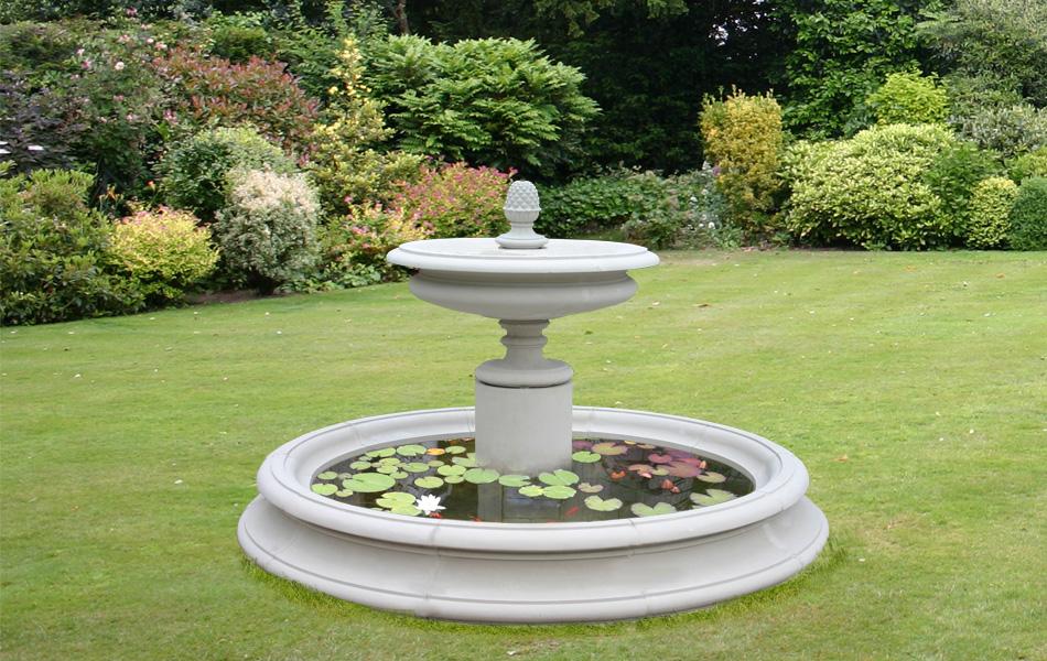 The welham garden fountain centrepeice for Garden pool surrounds