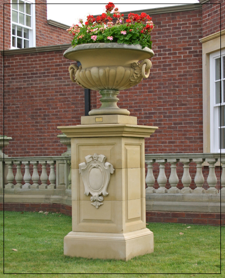 grosvenor short pedestal