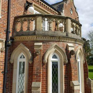 Tudor Gothic Stone Balustrade - Artifex Sculptura